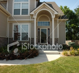 ist2_2086479-house-in-suburbia