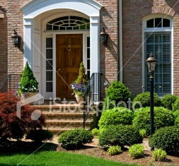 ist2_6043546-suburban-home-front-porch